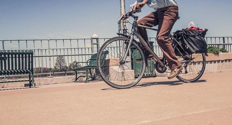 Cycling commute | Smarter Travel Ltd