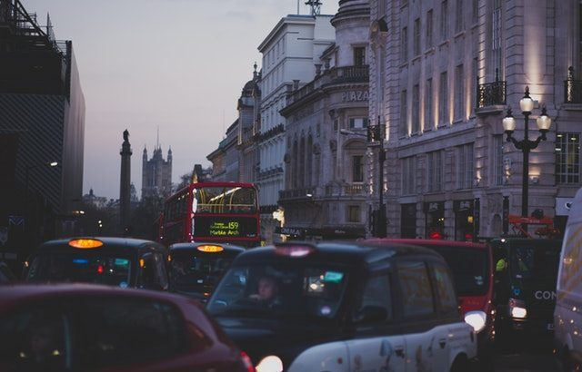 A photograph of London in the early evening with very heavy congestion | Smarter Travel Limited